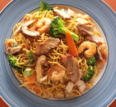 tuyet-chinese-stir-fried noodle2