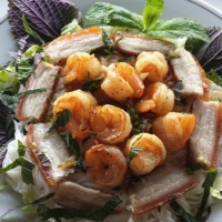 Bun Tom Thit Quay - Noodle Salad with Shrimp and Chinese Roast Pork